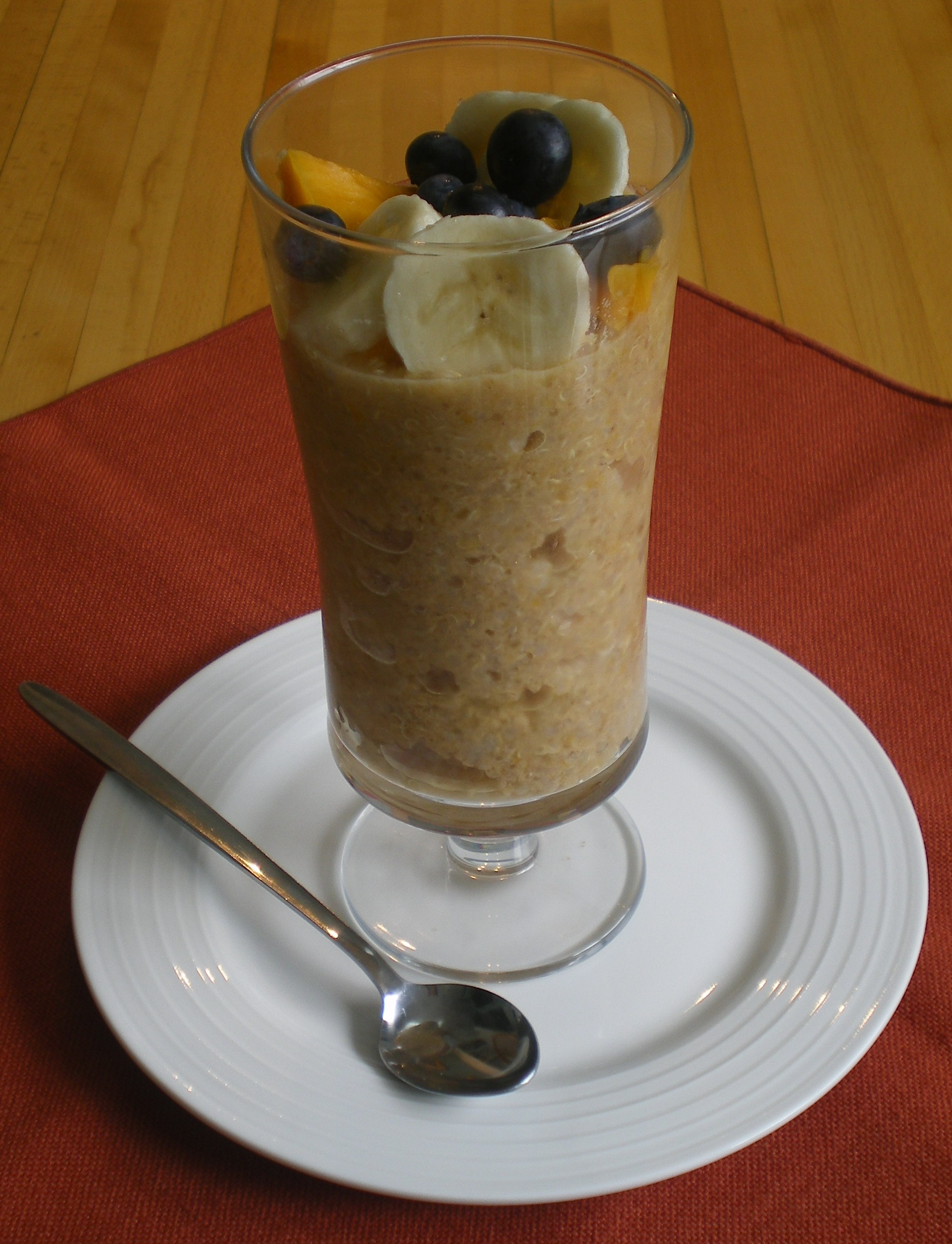 Quinoa Pudding #4: Mango-Banana | The Food ReFashionista