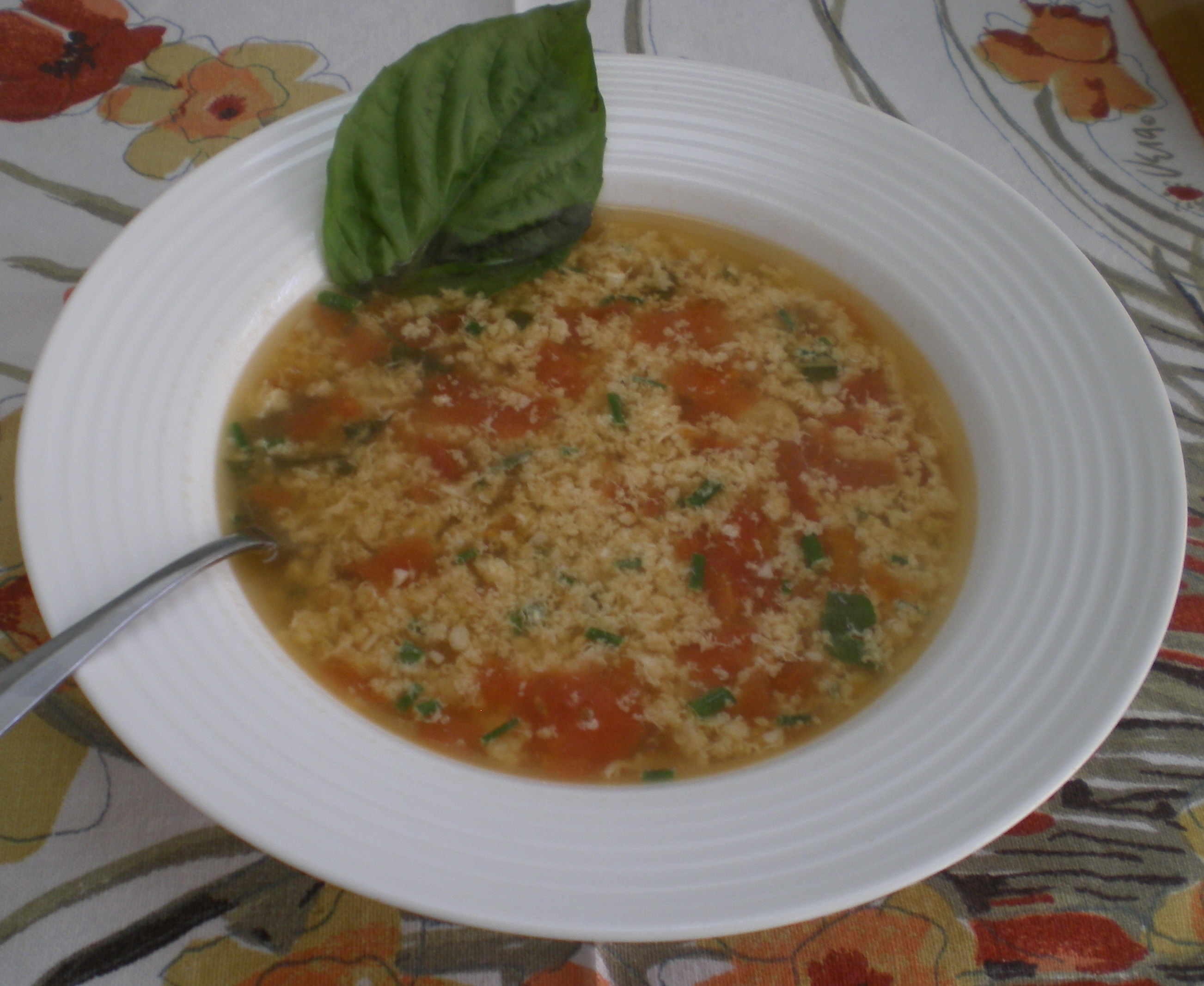 Tomato-Basil Egg Drop Soup | The Food ReFashionista